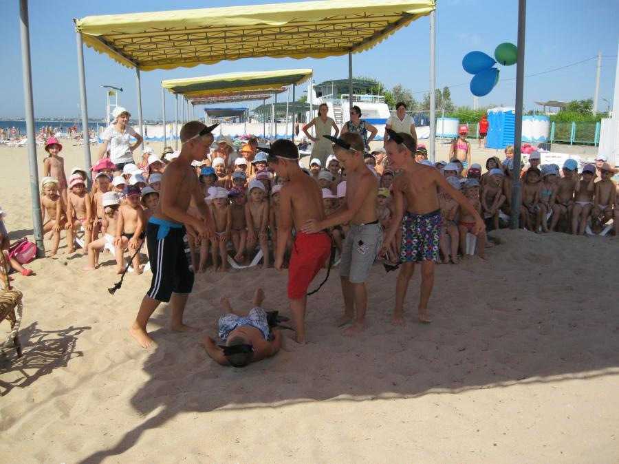 Компания волна является официальным представителем лагеря в россии